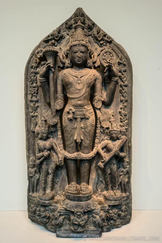 185-142210760 Sackler Gallery Vishnu Hindu Statue.