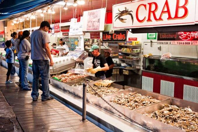 Maine avenue fish market washington dc photo guide for Washington dc fish market